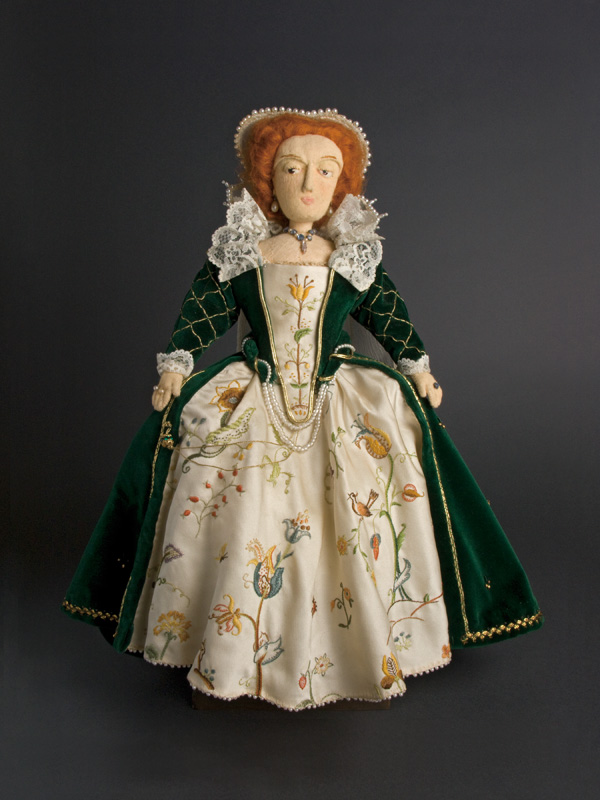 Elizabeth I 1971 Cloth