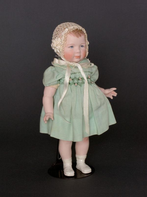 """Princess Caroline 9"""" Porcelain, cloth body"""