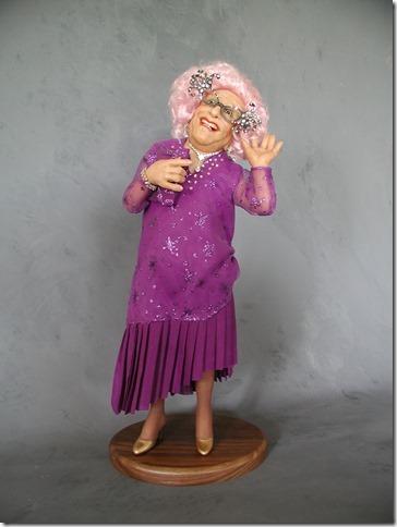 Dame Edna - Annie Wahl