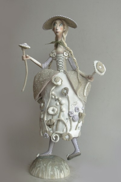 "18"" high, Paperclay, 2008"