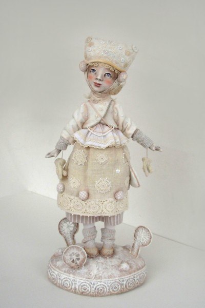 "16"" high, Paperclay, 2009"
