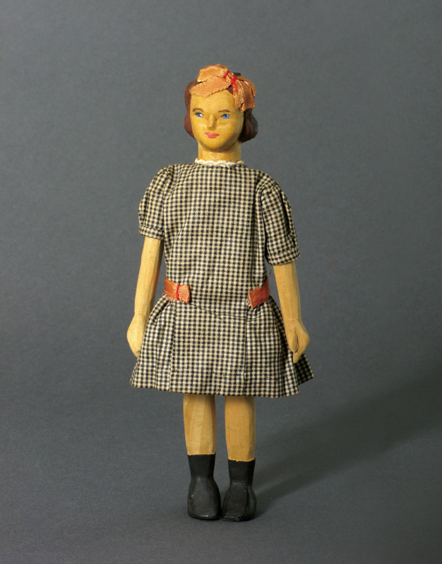 About us - National Institute of American Doll Artists